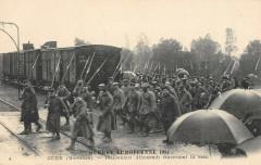 Guer Prisonniers Allemands Traversant La Voie - Guer