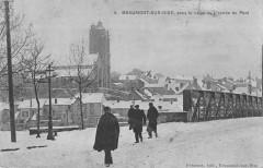 Beaumont Sur Oise Sous La Neige L'Entree Du Pont - Beaumont-sur-Oise
