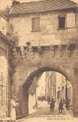 Jonzac Rue Porte De Ville Vieux Pont Levis - Jonzac