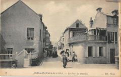 Arromanches Les Bains La Rue De Bayeux 14 Bayeux