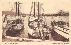 Sainte Maxime Le Port Vue Vers La Plage - Sainte-Maxime