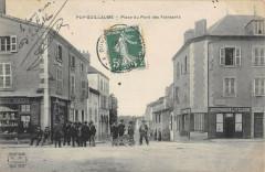 Puy Guillaume Place Du Pont Des Faineants - Puy-Guillaume