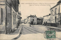 Langoiran Hotel De Ville Grand Rue Ligne Du Tramway De Bordeaux Cadillac - Langoiran