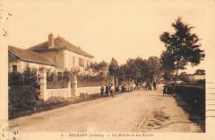 Belhade La Mairie Et Les Ecoles - Belhade