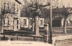 Leon Place De La Mairie - Léon
