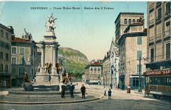 Place Notre-Dame - Statue des 3 Ordres - Grenoble