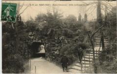 Buttes Chaumont - Allée conduisant au Lac - Paris 19e