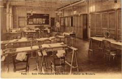 Ecole Profesionnelle Emile-Dubois - Atelier de Broderie - Paris 14e