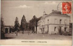 Fontenay-Tresigny L'Hotel-de-Ville France  - Fontenay-Trésigny