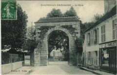 Fontenay-Tresigny La Porte - Fontenay-Trésigny