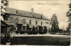 Egreville - Chateau - Cour d'Honneur  - Égreville