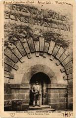 Rochefort-en-Yvelines Porte de l'ancienne Prison - Rochefort-en-Yvelines