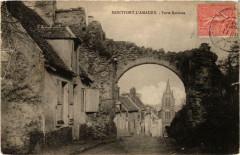 Montfort-L'Amaury Porte Bardoux - Montfort-l'Amaury
