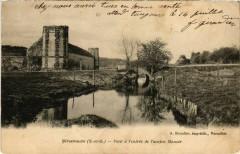 Grosrouvre - Pont a l'entrée de l'ancien Manoir - Grosrouvre