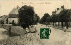 Neauphle-le-Chateau - Avenue de la Republique - Neauphle-le-Château