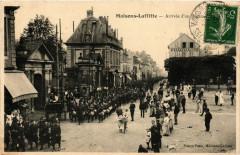 Maisons-Laffitte - Arrivée d'un Regim... 78 Maisons-Laffitte