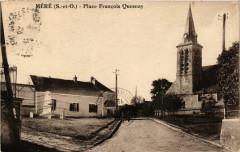 Mere - Place Francois Quesnay - Méré