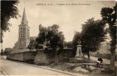 Mere - L'Eglise et la Statue de Quesnay - Méré