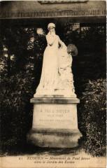 Ecouen - Monument de Paul Soyer dans le Jardin des Ecoles - Écouen