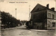 Vémars - Un coin de la Place - Vémars