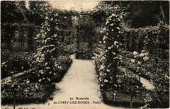 Roserarie de L'Hay-les-Roses Puits - L'Haÿ-les-Roses