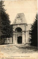 Chateau de Courances - Entrée des Communs - Courances