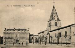 Venissieux - La Place de la Mairie - Vénissieux