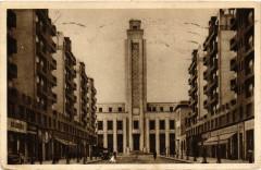 Villeurbanne Avenue de l'Hotel de Ville et l'Hotel de Ville 69 Villeurbanne