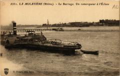 La Mulatiere - Le Barrage - Un remorqueur a l'Ecluse - La Mulatière