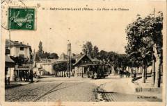 Saint Genis Laval - La Place et le Chateau - Saint-Genis-Laval
