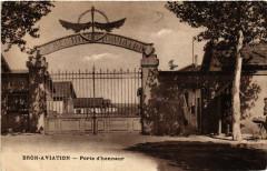 Bron-Aviation Porte d'honneur - Bron