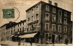 Usson-en-Forez - Hotel Gorce et Place de l'Eglise France - Usson-en-Forez