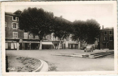Tullins - Place du Marche - Tullins