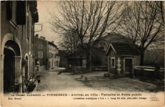 Vinsobres - Arrivée en ville - Fontaine et Poids public - Vinsobres