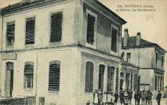 79 Ruffieux La Mairie - La Gendarmerie - Ruffieux