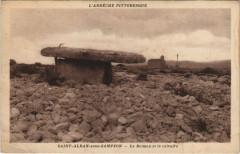 St-Alban-sour-Sampzon - Le Dolmen et le calvaire - Sampzon