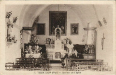 Tourtour Interieur de l'Eglise - Tourtour