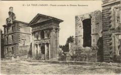La Tour-d'Aigues Facade Principale du Chateau Renaissance - La Tour-d'Aigues