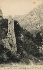 Fontaine-de-Vaucluse L'Aiguille - Fontaine-de-Vaucluse