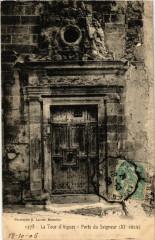 La Tour-d'Aigues - Porte du Seigneur (Xi siecle) - La Tour-d'Aigues