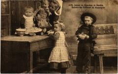 Autour du Chaudron de Bouillie - Enfants des Env. De Quimper 29 Quimper