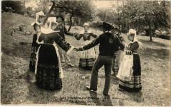 Les Plaisirs du Village - La Ronde - Bannalec - Folklore - Bannalec