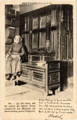 Le Lit Clos - Manoir de Kermartin - pres Tréguier - Folklore 22 Tréguier