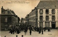 Plouaret - L'Avenue de la Gare et le Restaurant - Plouaret