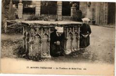 Minihy Treguier-Le Tombeau de St-Yves - Minihy-Tréguier
