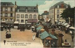 Sainte-Anne-d'Auray - Un Coin de la Place de la Basilique - Sainte-Anne-d'Auray