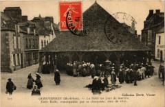 Questembert - La Halle un jour de marche - Cette Halle - Questembert