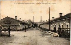 La Haye-Descartes Rue Alfred Mame, Entrée de la Papeterie - Descartes