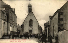 Saint-Antoine-du-Rocher Eglise et la Mairie - Saint-Antoine-du-Rocher