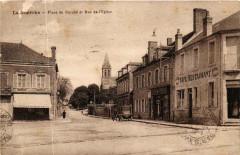 La Guerche Place du Marche et Rue de Eglise - La Guerche